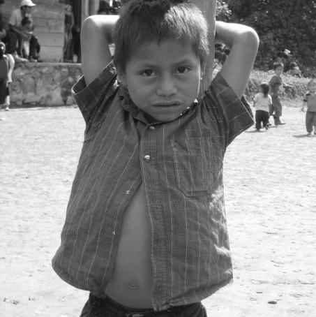 """2002.  """"Programa Nacional en Cumplimiento al Derecho a la Alimentación de la Niñez de los Pueblos In"""