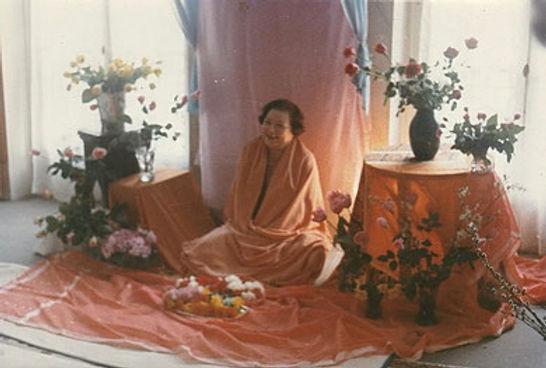 swamiji 2.jpg