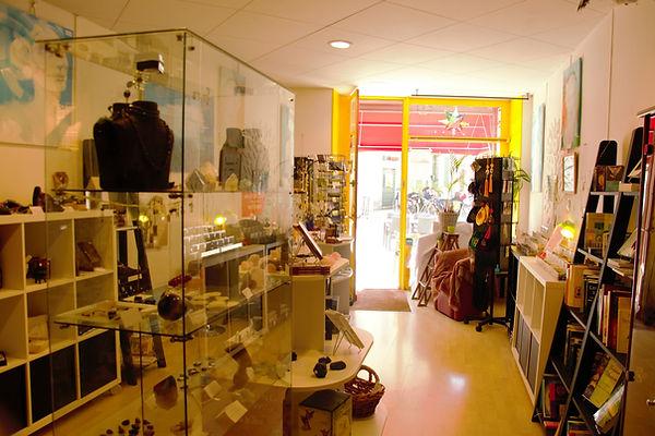 Boutique interieur 1 .jpg