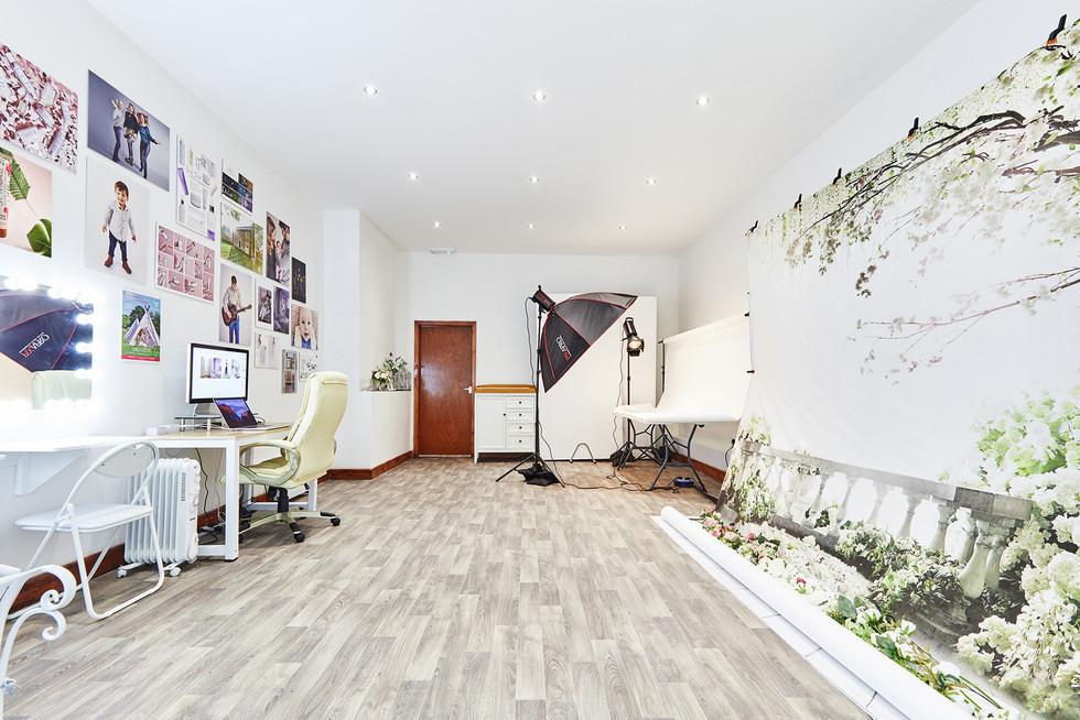 Studio_Interior_013.jpg