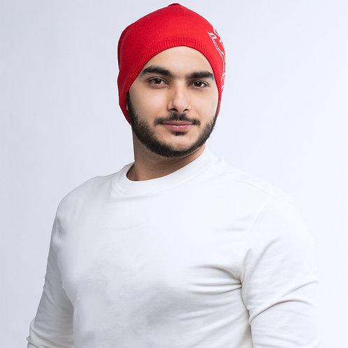 قبعة شتاء حمراء