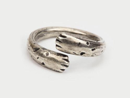 Кольцо Лапки