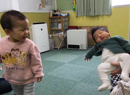 ELS21 親子クラスに赤ちゃんがきた〜