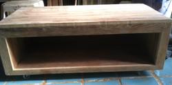 reclaimed wood coffee table1_edited
