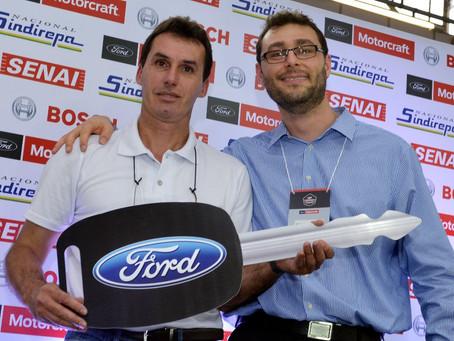 FORD PREMIA O MELHOR REPARADOR INDEPENDENTE DE AUTOMÓVEIS DO BRASIL NO GP MOTORCRAFT 2015