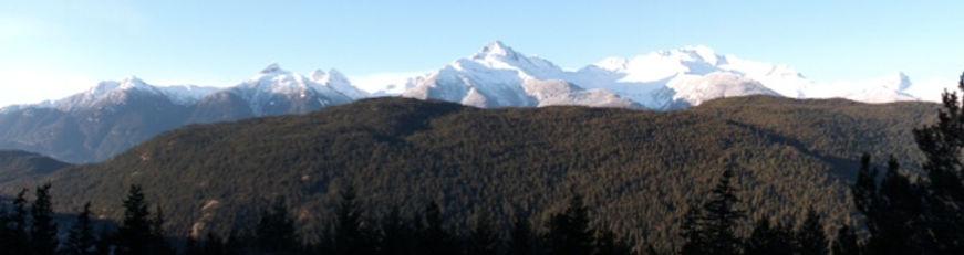 Tantalus Panorama.jpg