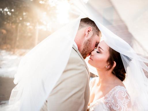 Jordan & Brian's Winter Wedding at Historic Pinecrest - Colorado Mountain Photographer