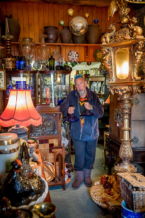 Antique dealer