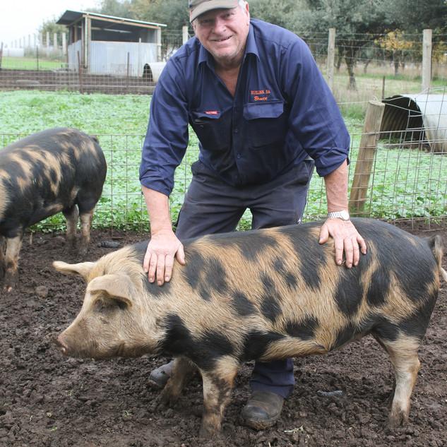 Echo Farm Mount Gambier Farmer Bruce wit