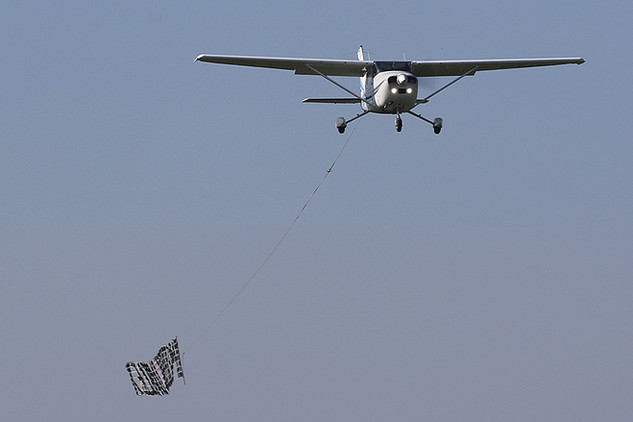 Banner Towing
