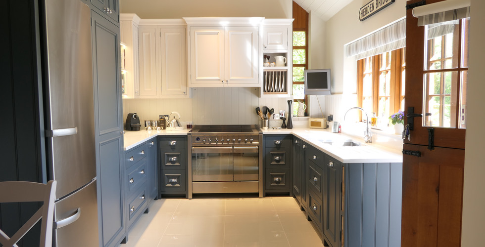 Two-toned blue and white kitchen | Florence | Minerva Design
