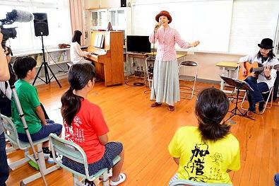 加唐小中学校.jpg