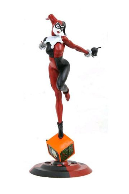 DC Comic Gallery PVC Statue Classic Harley Quinn Exclusive 23 cm