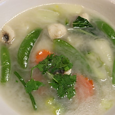 Tom Kha Soup (coconut soup)
