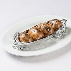Картофель в мундирах печенный на углях