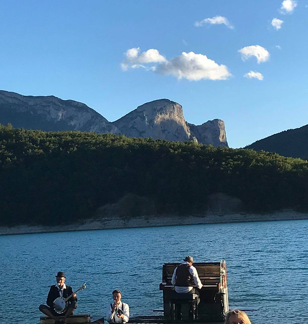 piano du lac, corps, 2019, Lac du sautet, Yoopi Boat Jazz