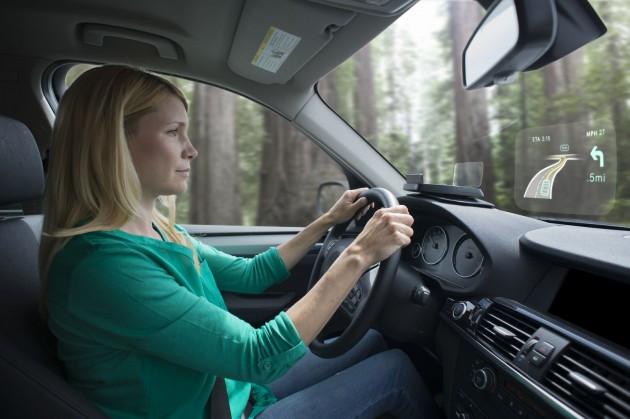 navdy mini projecteur pour rouler dans le futur.jpg