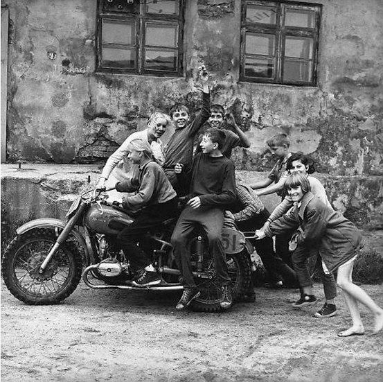 Antanas Sutkus, Klaipėdos baikeriai, 1974