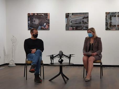 Andriaus Repšio parodoje – 18:08 val. dronu užfiksuota karantininė Lietuva