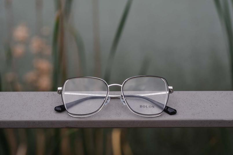 Ausgefallenes Brillenmodell von Bolon.