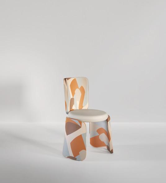 Henge Chair 01.jpg