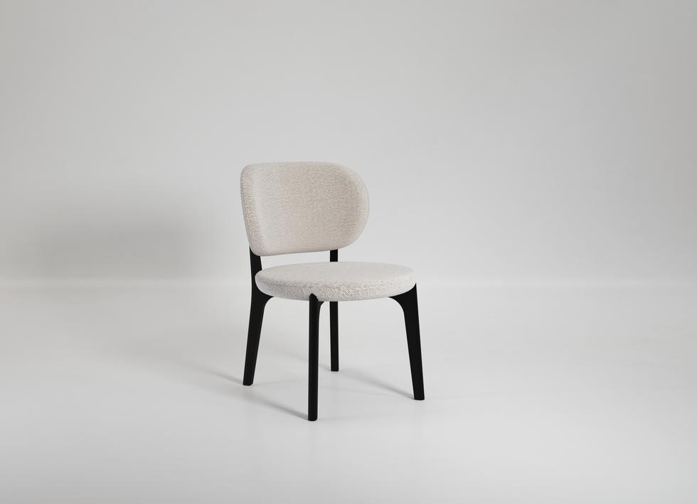 Richmond Lounge Chair 01.png