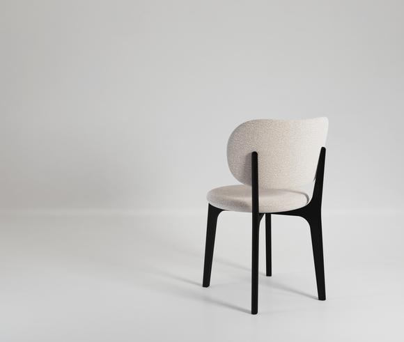 Richmond Chair 02.png