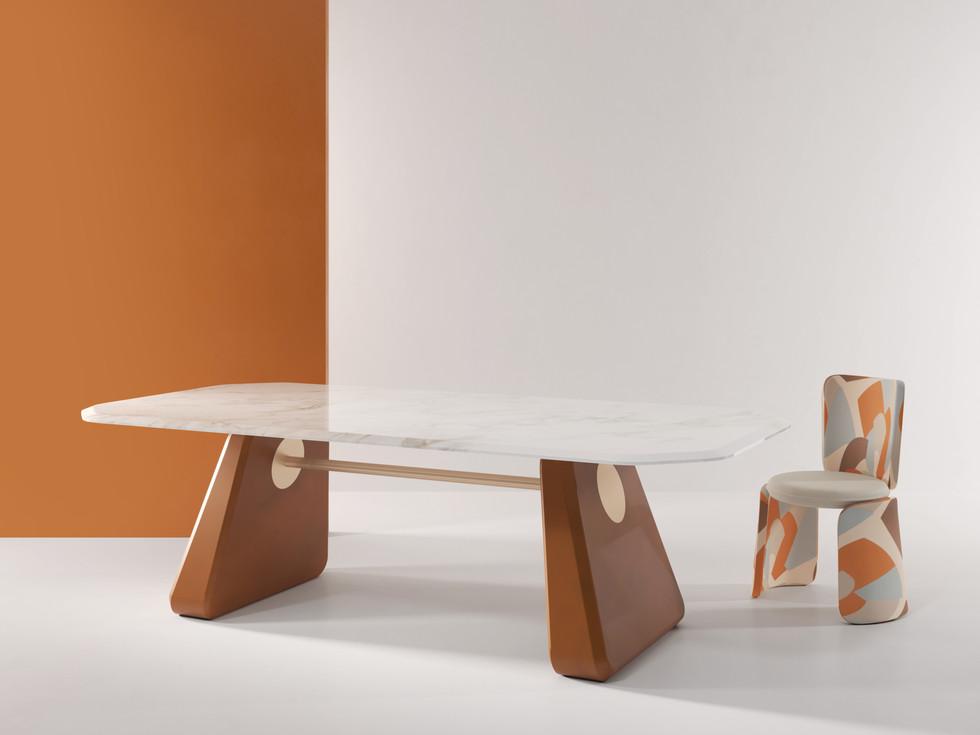 Henge Table 02.jpg
