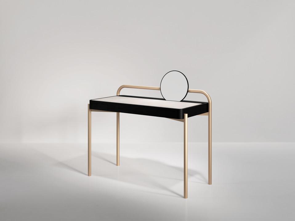 Roll Desk 01.jpg
