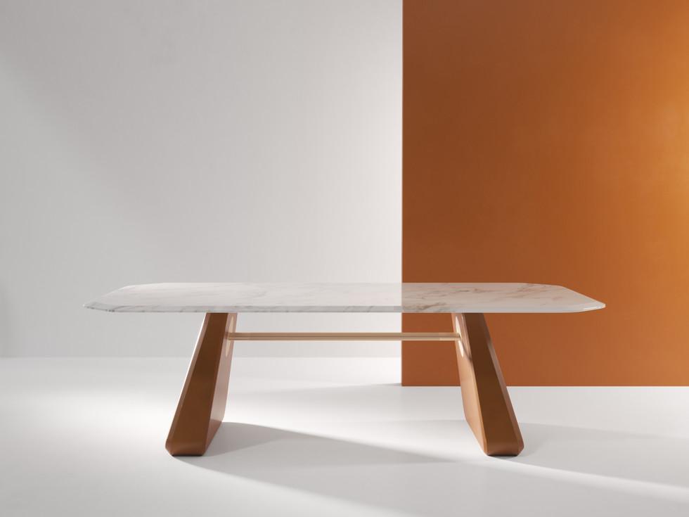 Henge Table 01.jpg