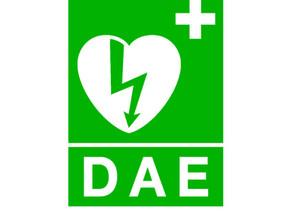 Défibrillateur cardiaque au Nouveau Port des Lecques