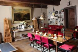 Salle du Petit-Déjeuner Gothique Café