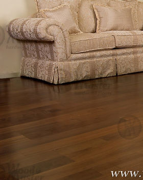 Appalachian - Nogal Obscuro piso de madera.jpg