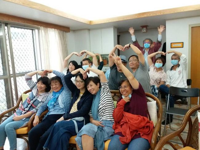 新家庭運動成立於1967年,由那些致力生活合一靈修的家庭所組成