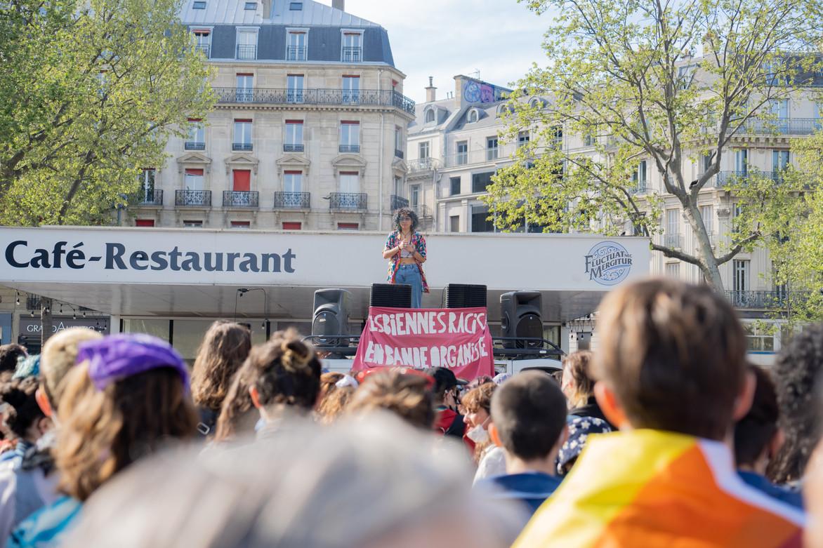 Première Marche des Lesbiennes à Paris