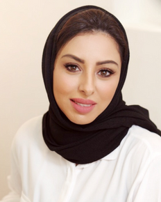 Lujaina-Kharusi-founder-of-Envago-scarf.