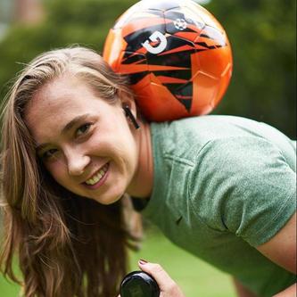 Nicole Regnier - Futbolista