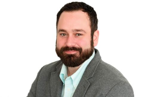 Business Headshots For Men In Seattle