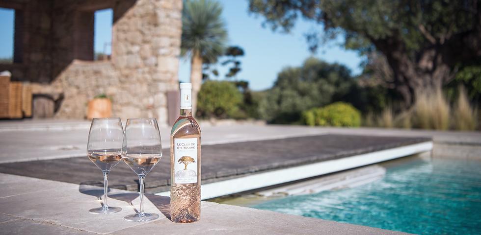 Vignoble situé à Sainte Maxime (83), var, Le domaine viticole Le Clos de Sainte Maxime, viticulteur du Golfe de Saint-Tropez vous attendent pour vous faire découvrir leur vignoble à Sainte Maxime. Vin rosé et rouge. Le clos Sainte Maxime, Vins et Vignoble à Sainte Maxime (83), Var.