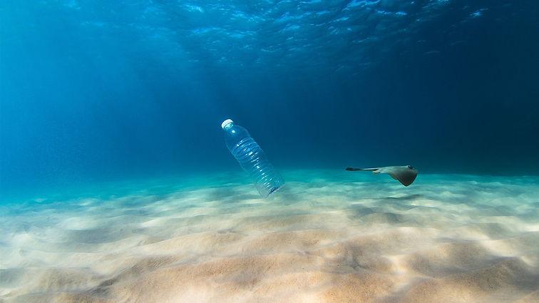 plastics_drowning_ocean.jpg