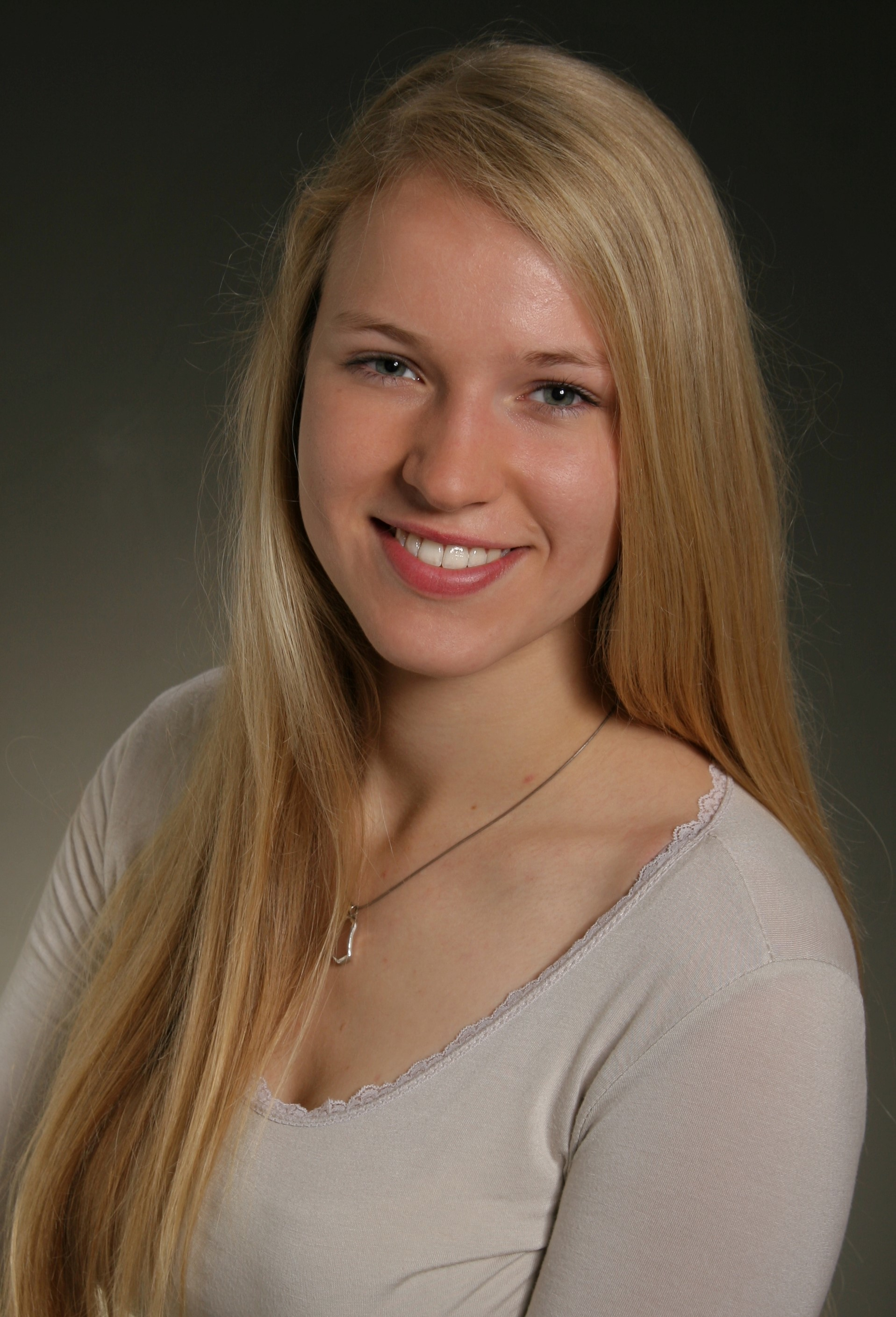 Freya Zacher