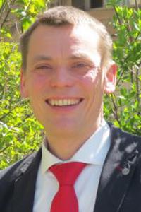 Dr. Henning Juntunen