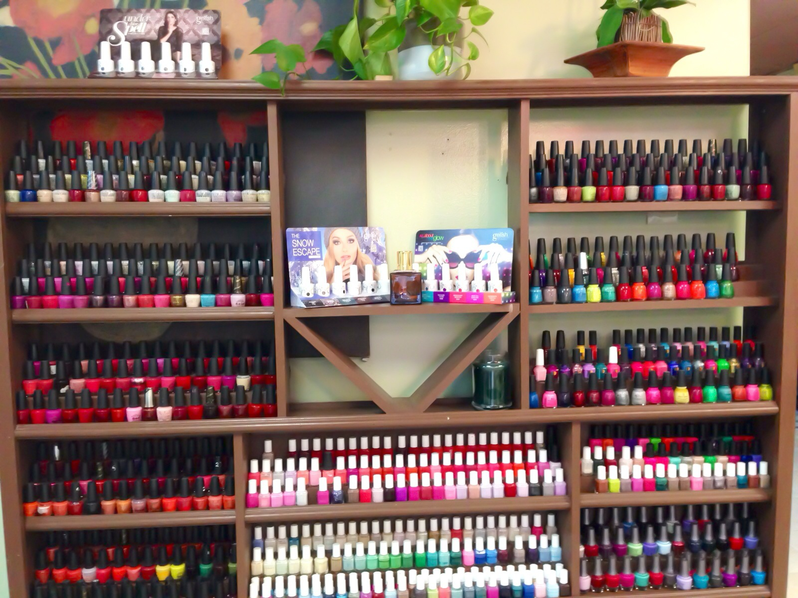 Fancy Nails Wall Of Nails Polish