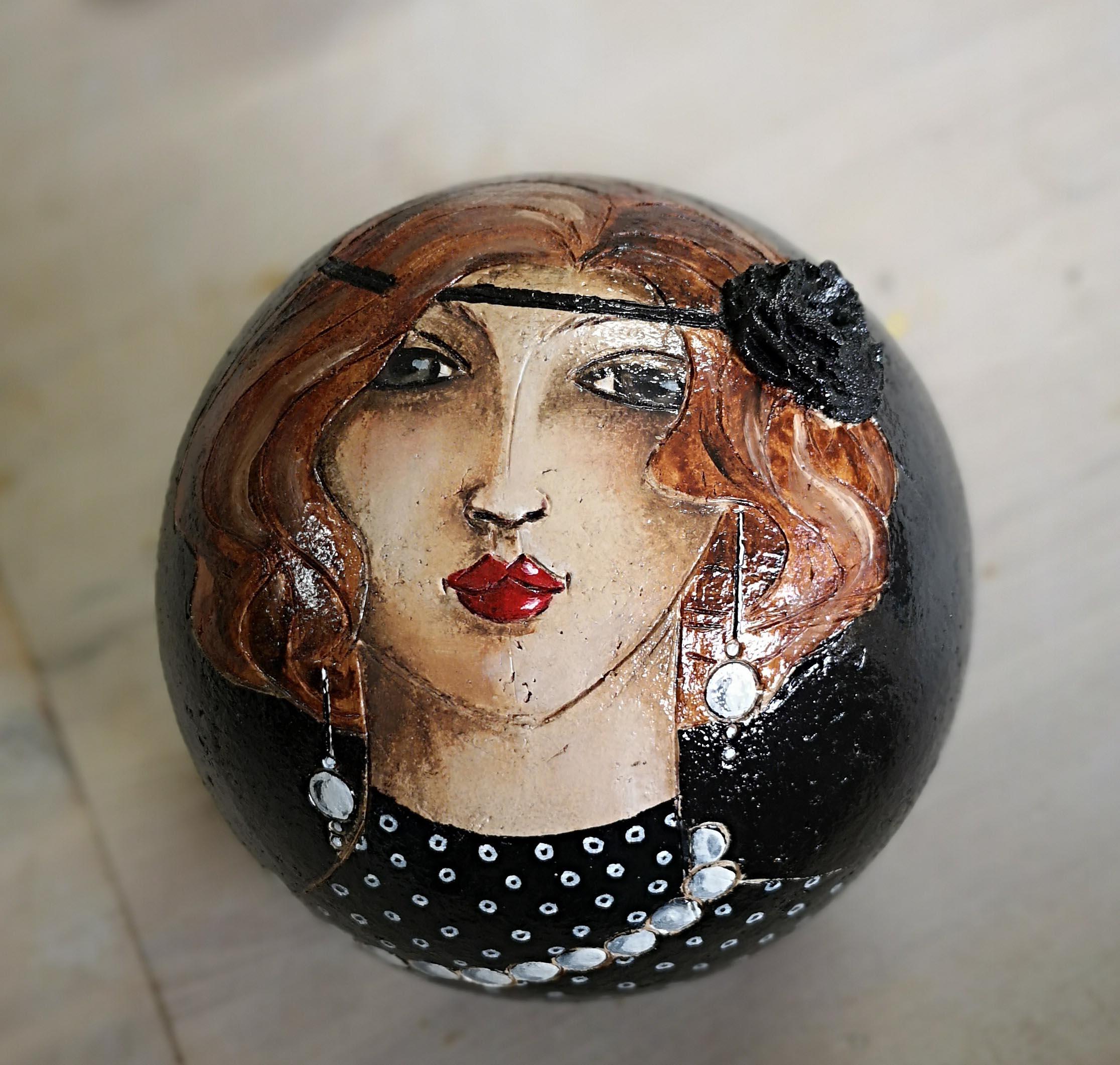 Boule_laquée_noire_-_2
