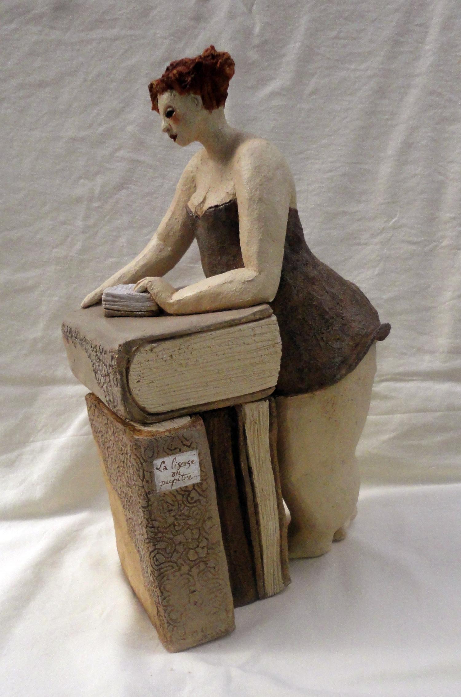 La liseuse au pupitre (profil)