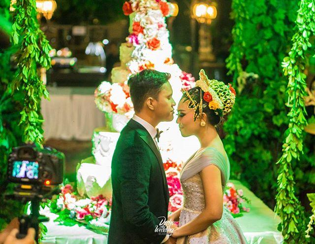 What a Mesmerizing Night indeed _)___Diskodiwedding were honoured to be part of The Wedding of Arief Muhammad & Tiara Pangestika at Indonesi