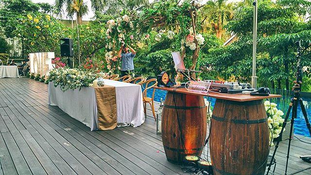 We're Enjoying the sunset on Veranda Hotel's Poolside for the Wedding Reception of Dennise & Chika at _wyls_kitchen Jakarta___#grandsaveroho