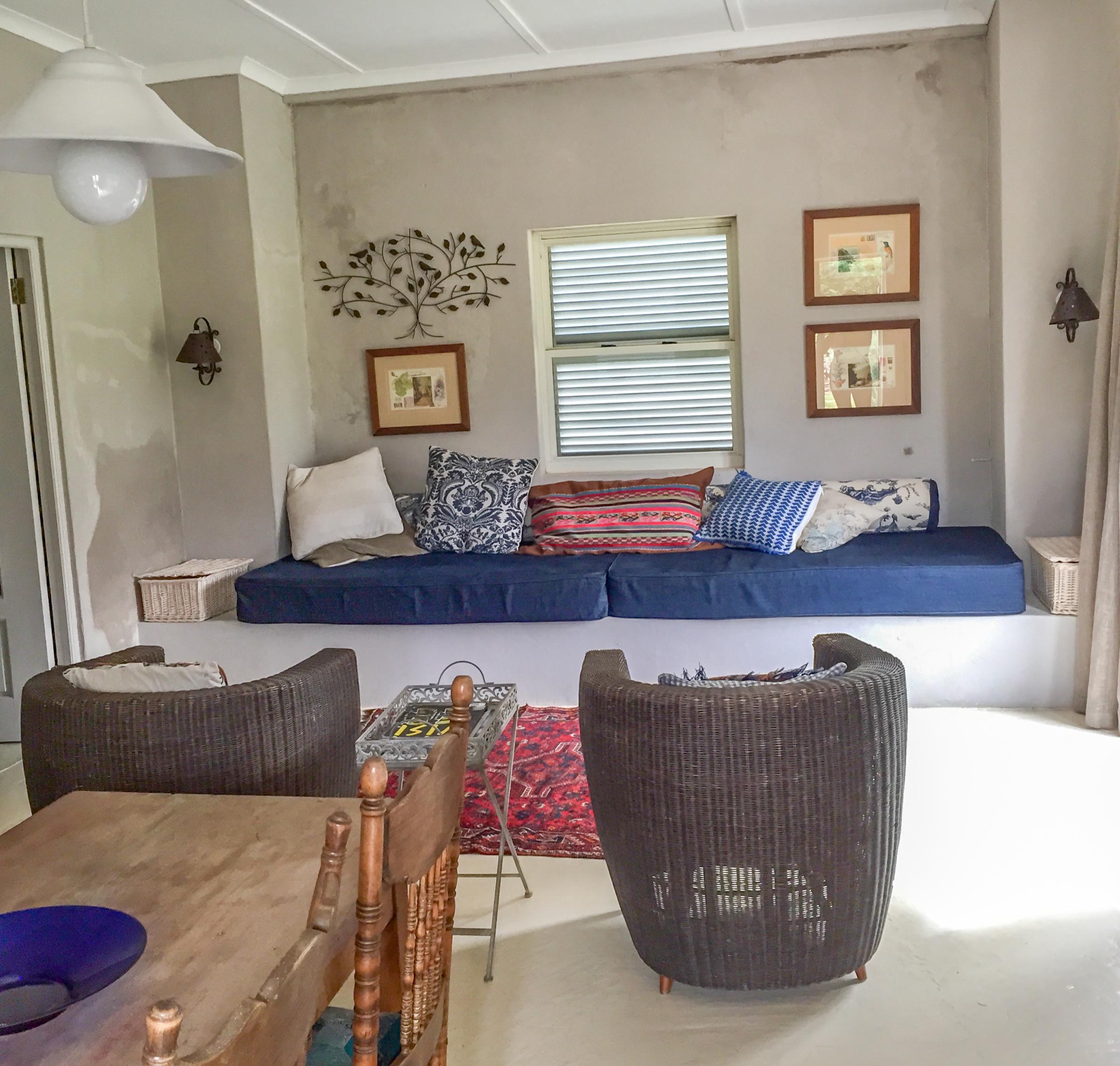 Nigella lounge