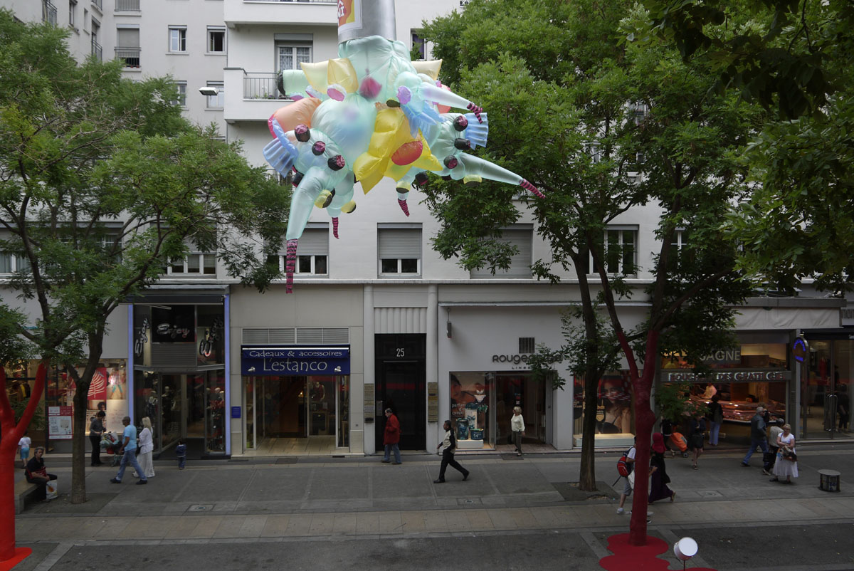 urban creature-villeurbanne france 2014-4-1