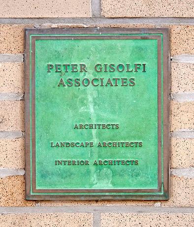 plaque_800-2.jpg